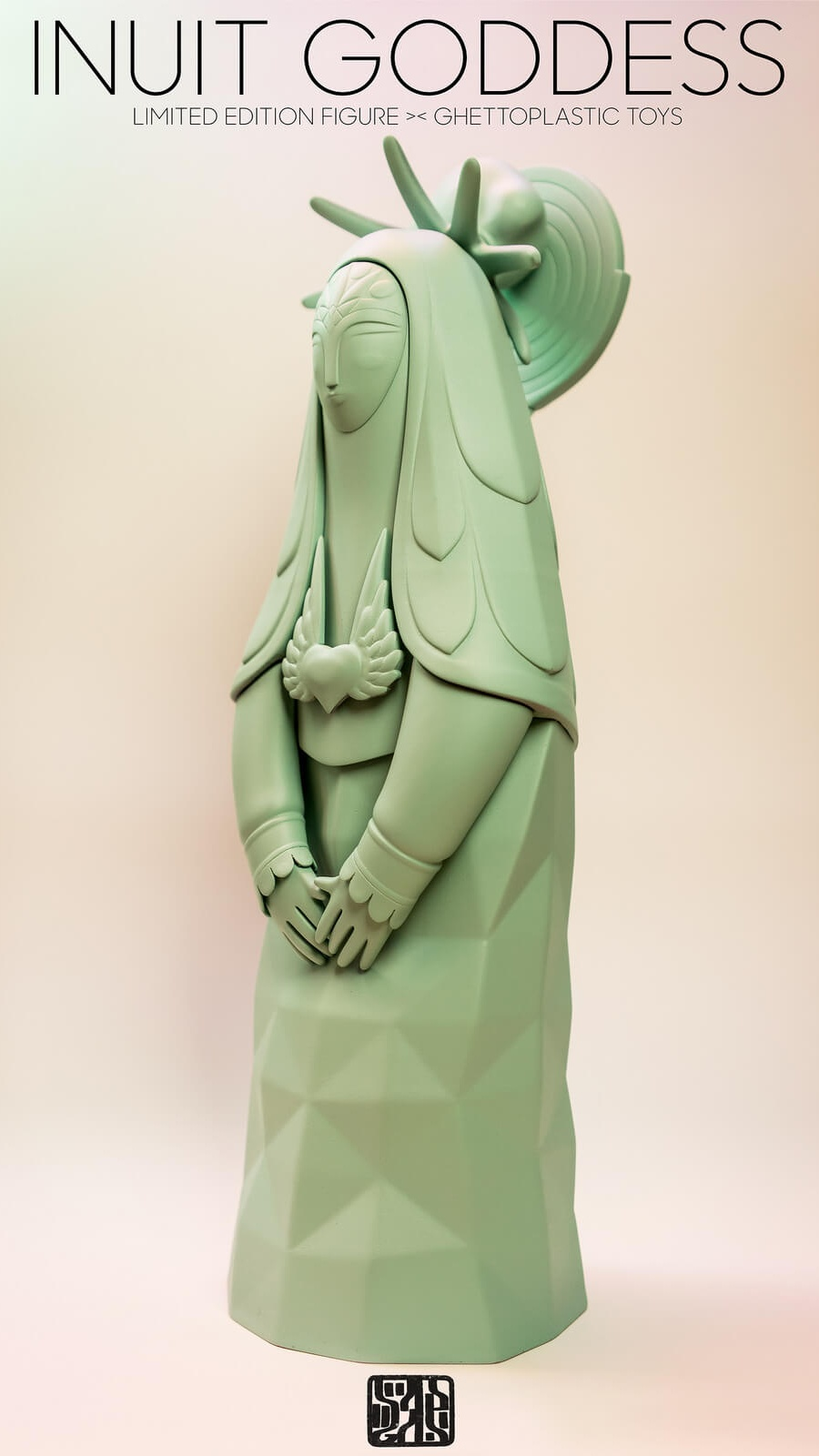 Inuit Goddess By Ghettoplastic Toys Sadgas side