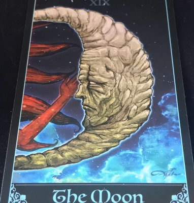 the-moon-arcane-divination-tarot