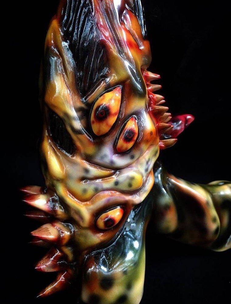LionChen x Fragile Darkness Swamp Lion Cursed Raygun 5
