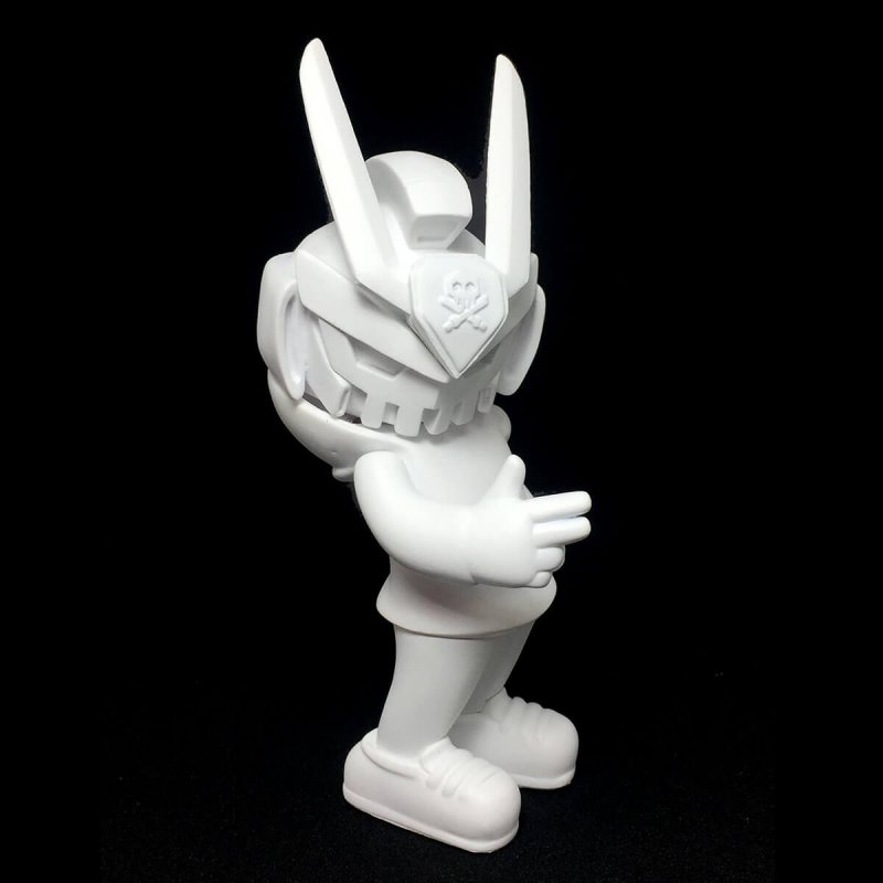 TEQ63 DIY BLANK By Quiccs x Martian Toys side