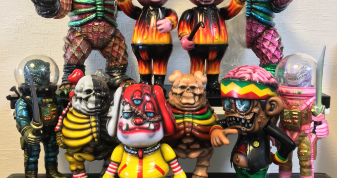 blackbooktoy-fivepoints-exclusives
